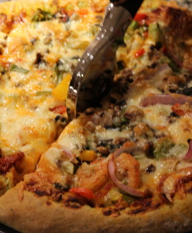 Ezi Pizza